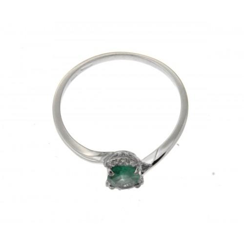 Anello con smeraldo ovale carati 0.60 diamanti ct 0.05 g-vs1