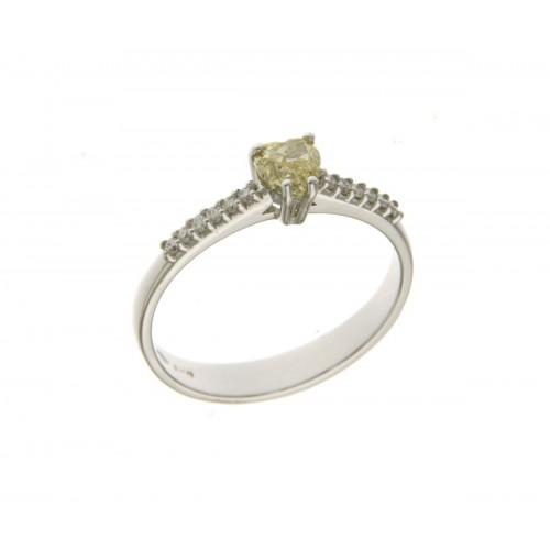 Anello solitario diamanti  bianchi ct 0.12 g-vs1 FY-VS2 ct 0.48 taglio cuore