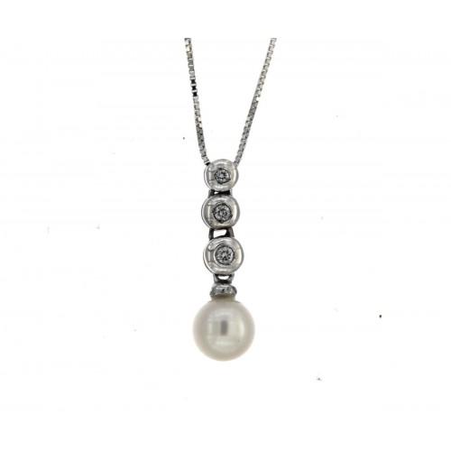 Collana trilogi perla mm7 diamanti carati 0,03 G-VS1