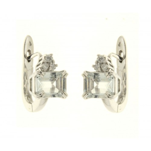 Orecchini con acquamarina celeste ct 4.84 e diamanti ct 0,09 G-VS1