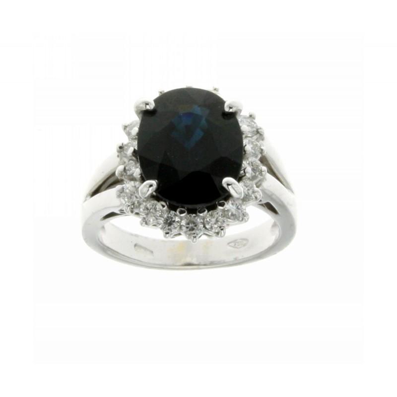 Anello con zaffiro blu carati 5,20 e  diamanti ct 0,62 G-VS1