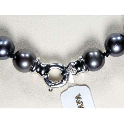 Girocollo di perle nere con  diamanti carati 0,02 G-VS1